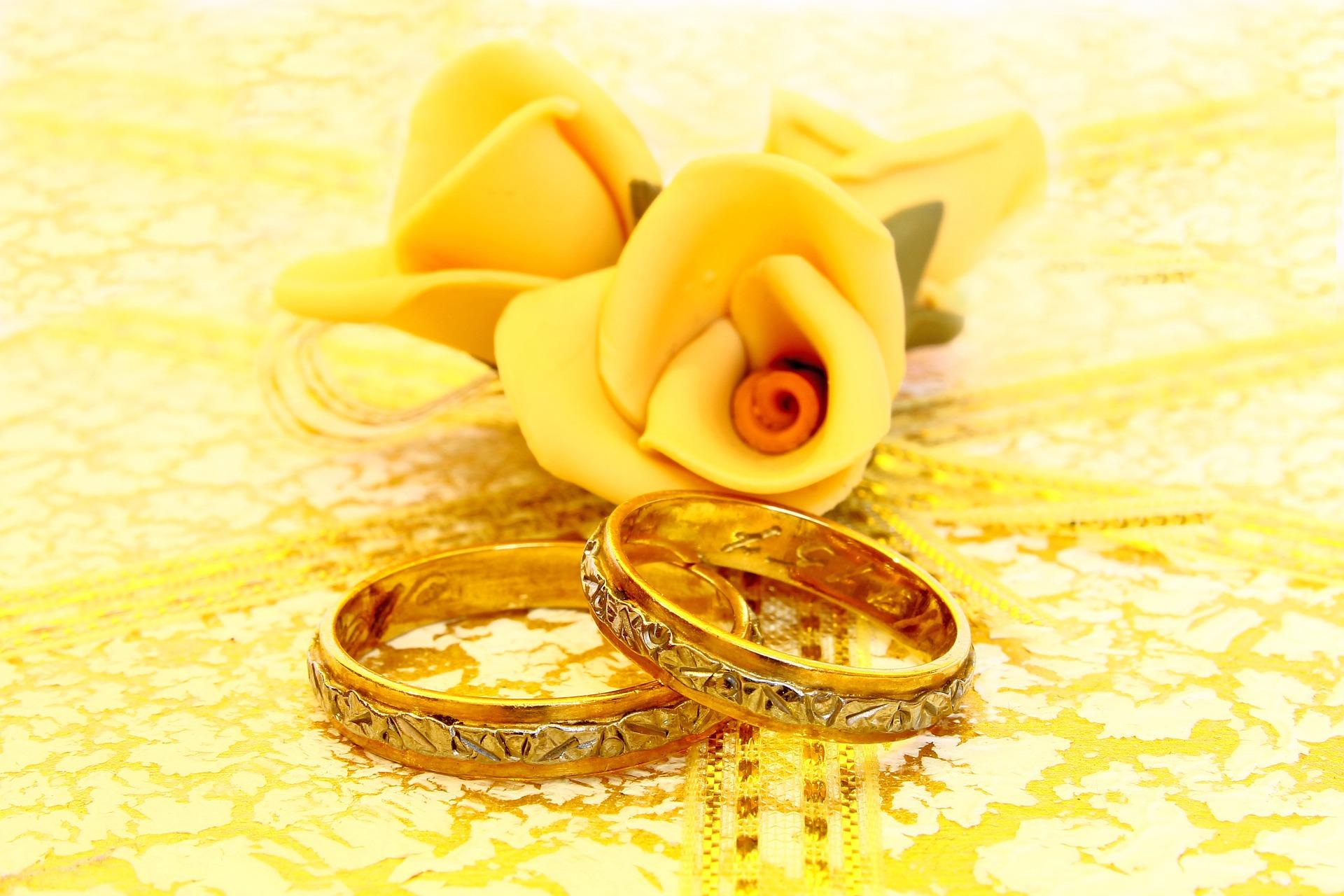 llevis aos felizmente casados y queris celebrar vuestras bodas de oro de una manera especial aqu te traemos algunas ideas para esa ocasin tan
